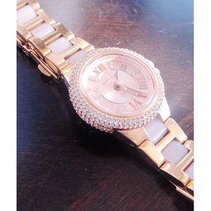 c3b6efbce684 Michael Kors. EUC Michael Kors Rose Gold Watch.  120  250. Size  ...
